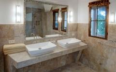 A 5 bathroom_1