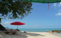 khanom-hill-beach-photos-kleine-bucht-2