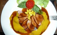 khanom-hill-restaurant-duck-mangosauce