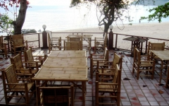 khanom-hill-restaurant-terrace