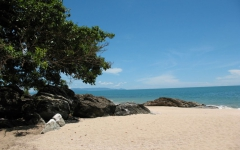 khanom-hill-beach-photos-Strand-vor-dem-restaurant