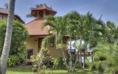 khanom-hill-luxury-bungalow-Nummer_4_aussen_2