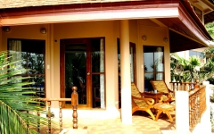 khanom-hill-luxury-bungalow-b4_innenterrasse